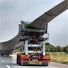 Le convoi par route des composants d'éoliennes (pales, nacelle) et des grues de levage